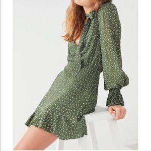 Isla Green Dress M